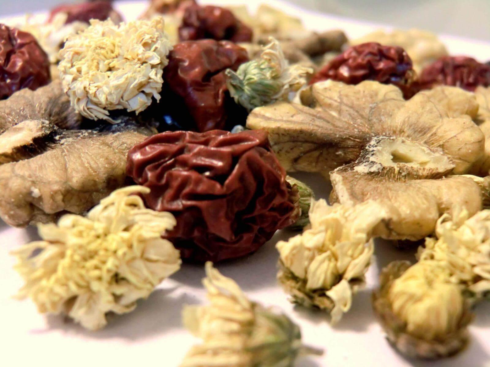 צמחי מרפא של היומיום- במטבח שלכם, למען הבריאות שלכם